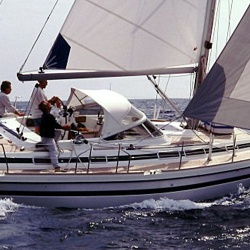 Estrella - Luxury Blue Water Cruiser