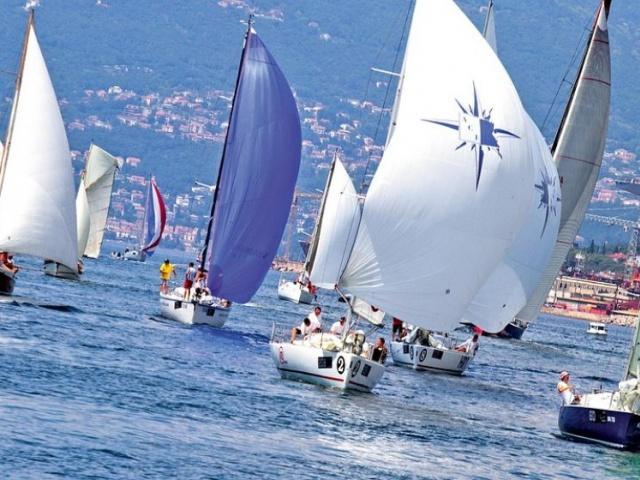 """Partecipare alla regata """"la 100 di Montecristo"""""""