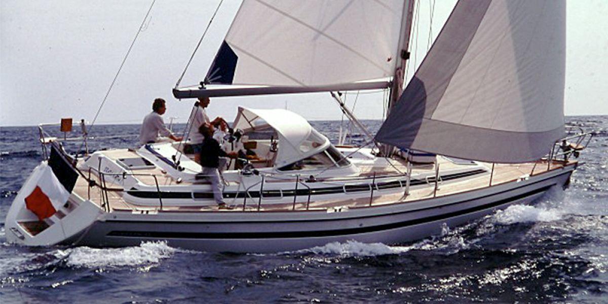 Noleggio occasionale di barca a vela con skipper istruttore nell'arcipelago toscano, isola d'elba