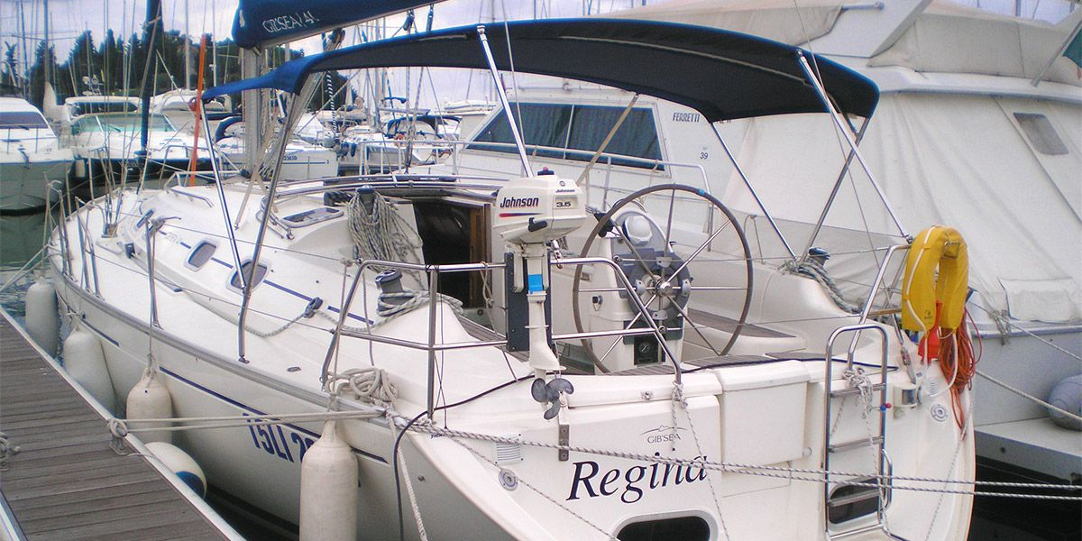 Noleggio barca a vela con skipper nell'arcipelago toscano, isola Elba, Giglio, Giannutri e Capraia. Weekend a vela